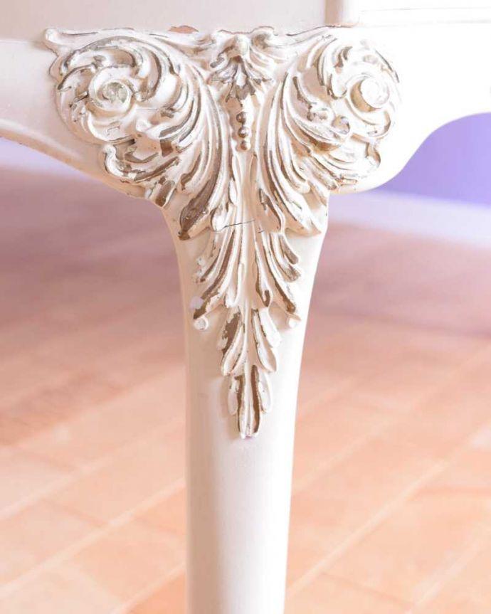 ドレッサーの装飾