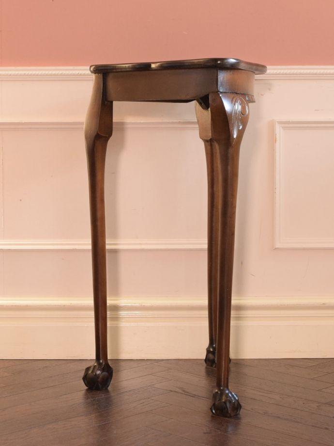 アンティーク家具 アンティーク コーナーテーブル どこから見てもキレイです。(k-2865-f)