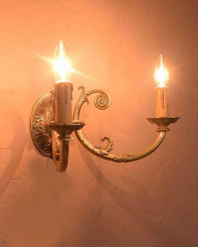 壁付けブラケット 照明・ライティング キラッと輝く美しさでお部屋を彩るアンティークのウォールランプ(E17シャンデリア球付)。。(k-3275-z)
