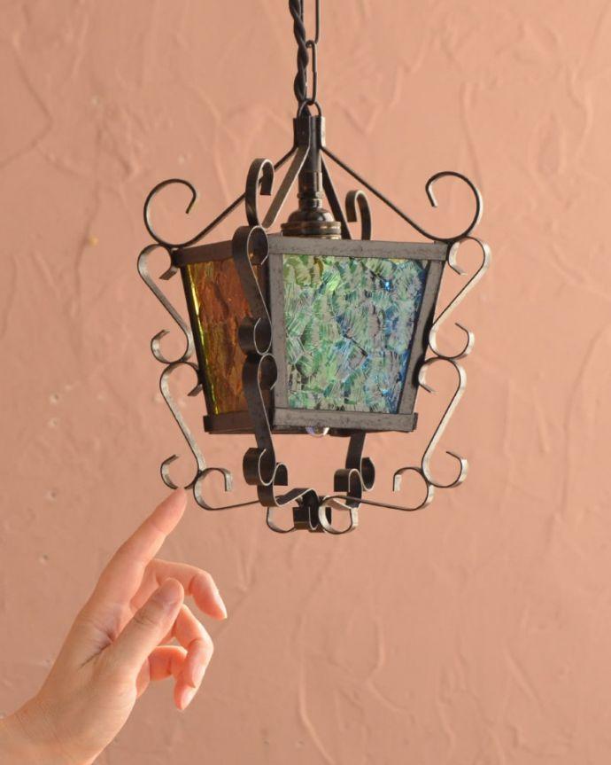 照明・ライティング アンティーク ペンダントライト アンティークだけが持つ特別感アンティークらしい真鍮の美しいデザイン。(k-4186-z)