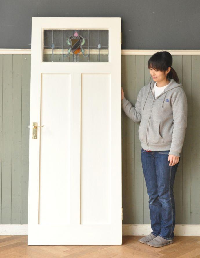 k-720-f-1 アンティークステンドグラス入りドアのモデル入り