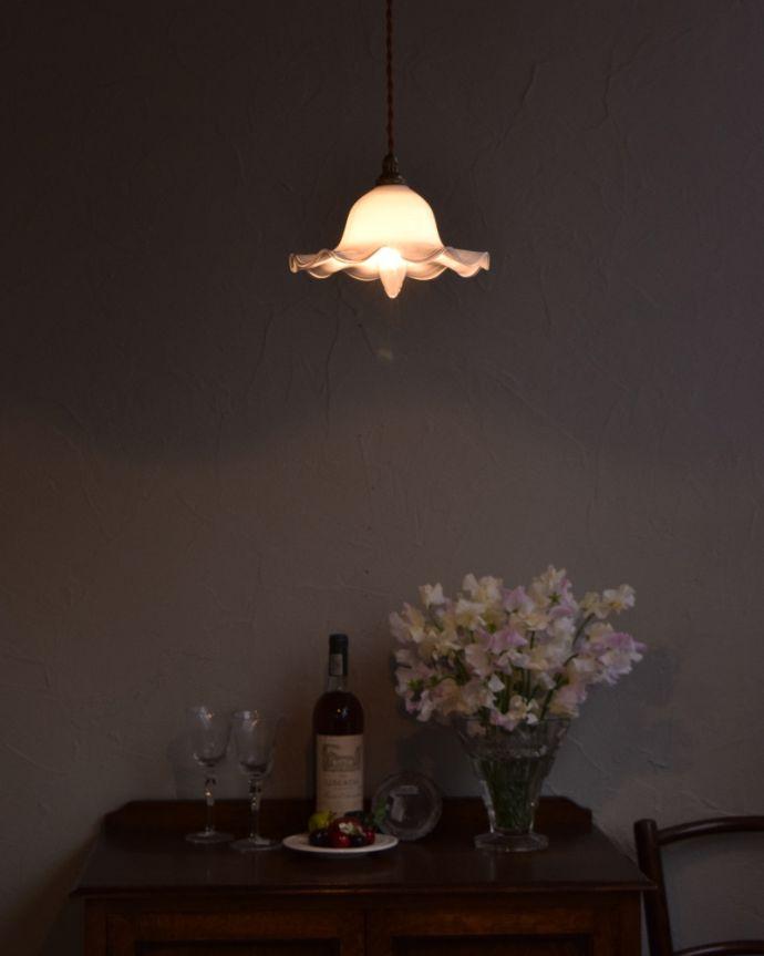 m-1747-z アンティークフレンチペンダントライトの点灯時