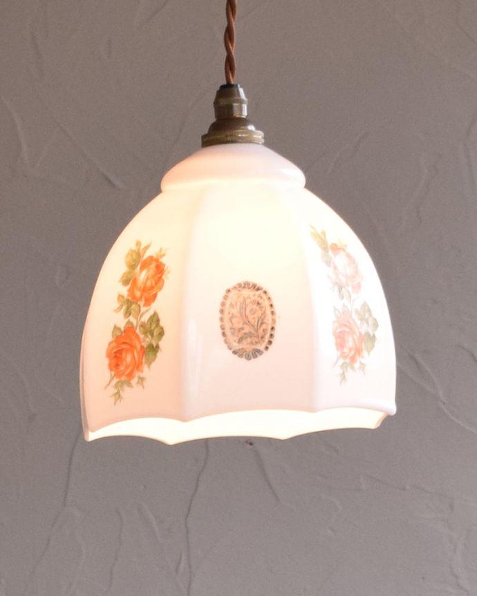 m-1797-z アンティークペンダントランプ(照明)の点灯時