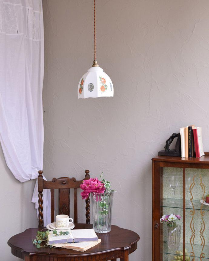 m-1797-z アンティークペンダントランプ(照明)の上から点灯