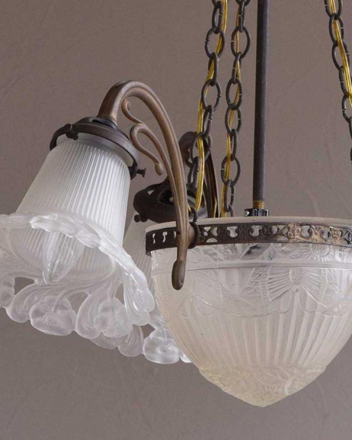 m-1840-z アンティーク シャンデリア(4灯)の装飾