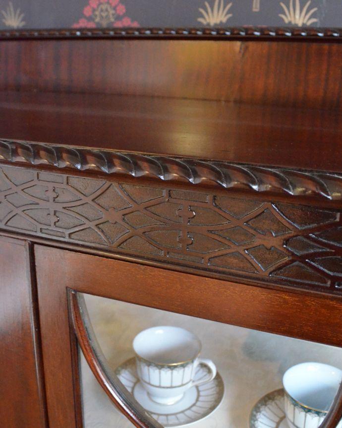 m-388-f アンティークガラスキャビネットの彫り