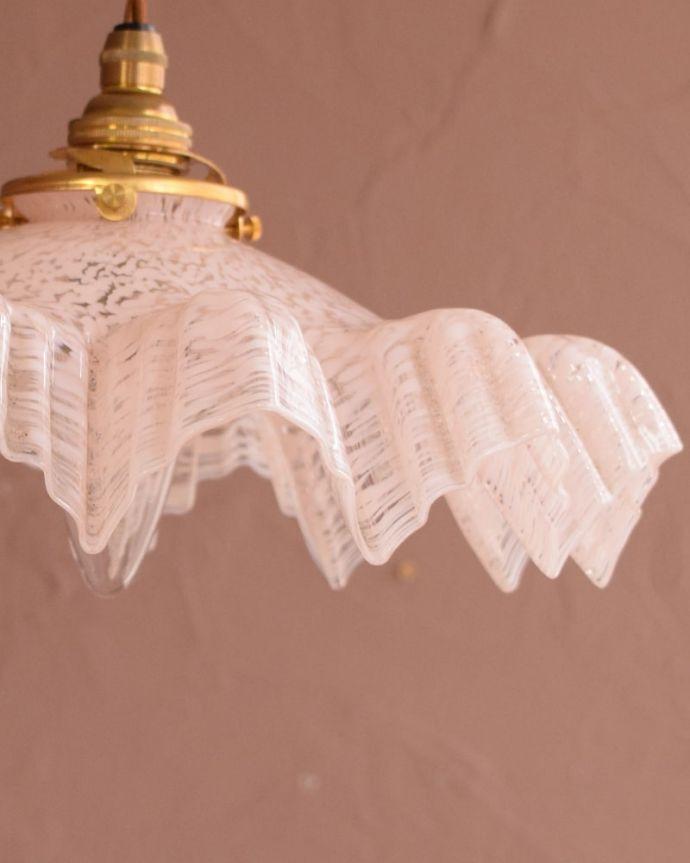 ペンダントライト 照明・ライティング ガラスランプシェード アンティークらしいデザインこだわりたい方におススメのアンティークのシェード。(m-4275-z)