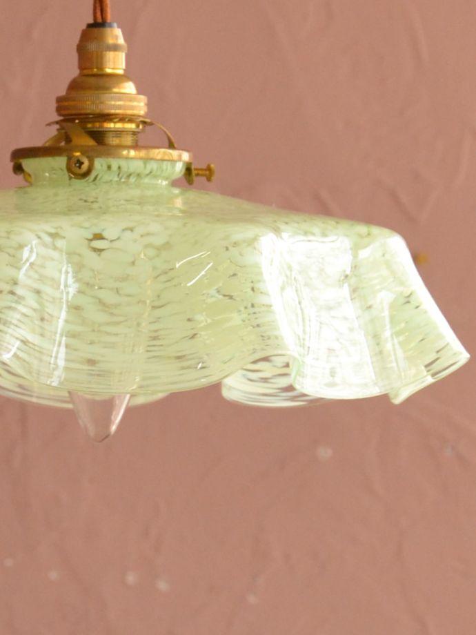 アンティークガラスのランプシェード