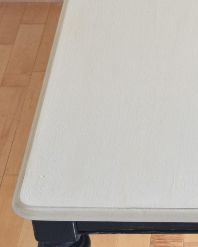 m-491-f-1 アンティークダイニングテーブル(ホワイト×ネイビー)の角