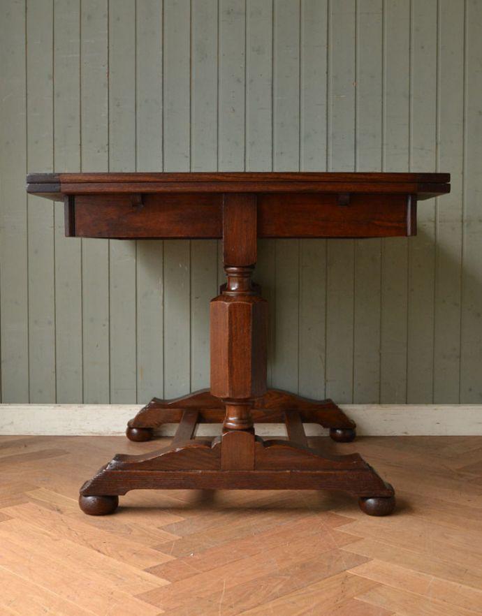 m-542-f アンティークドローリーフテーブルの横