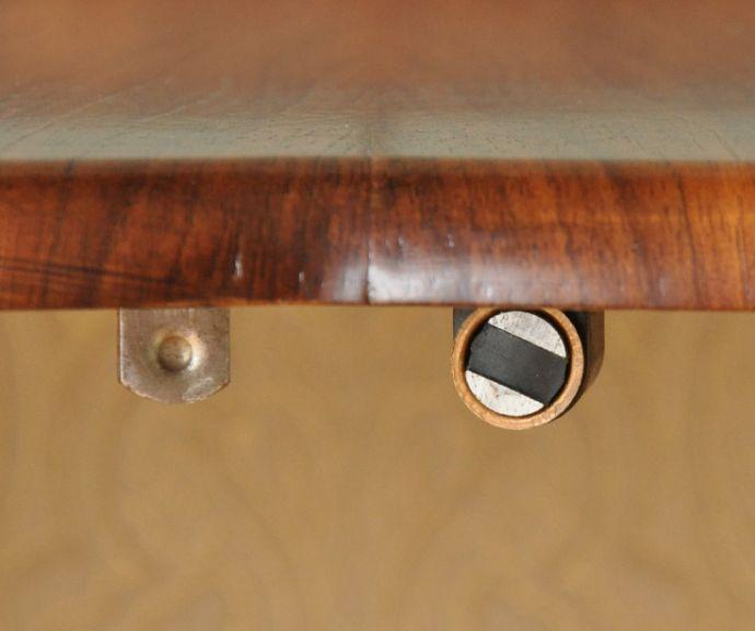 m-556-f アンティークガラスキャビネットのマグネット