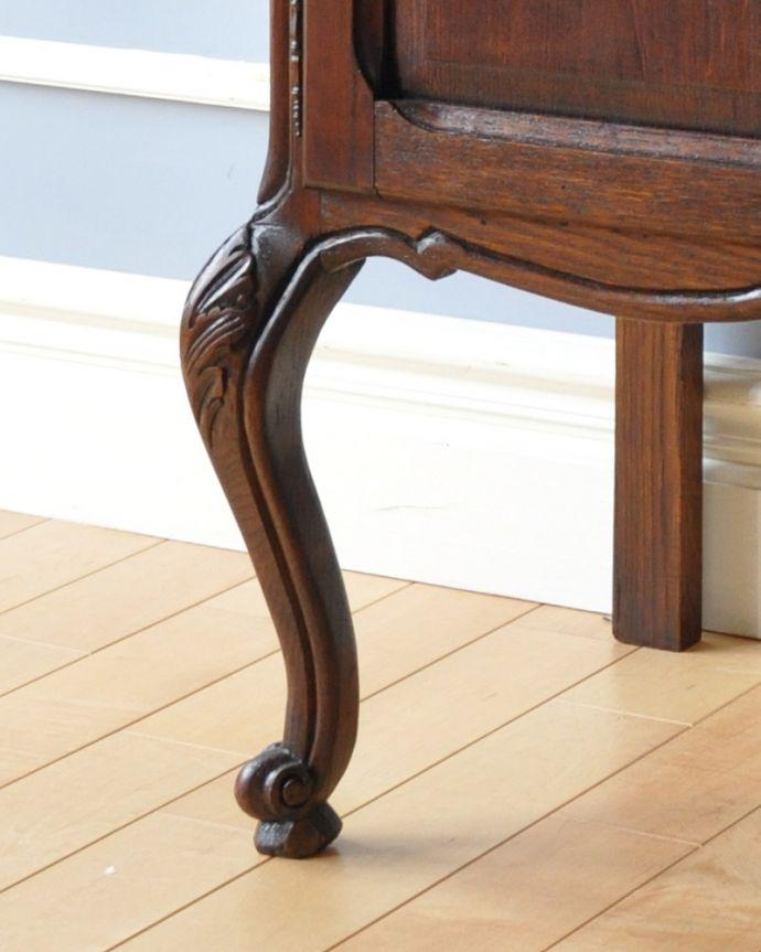m-563-f アンティークナイトテーブルの脚