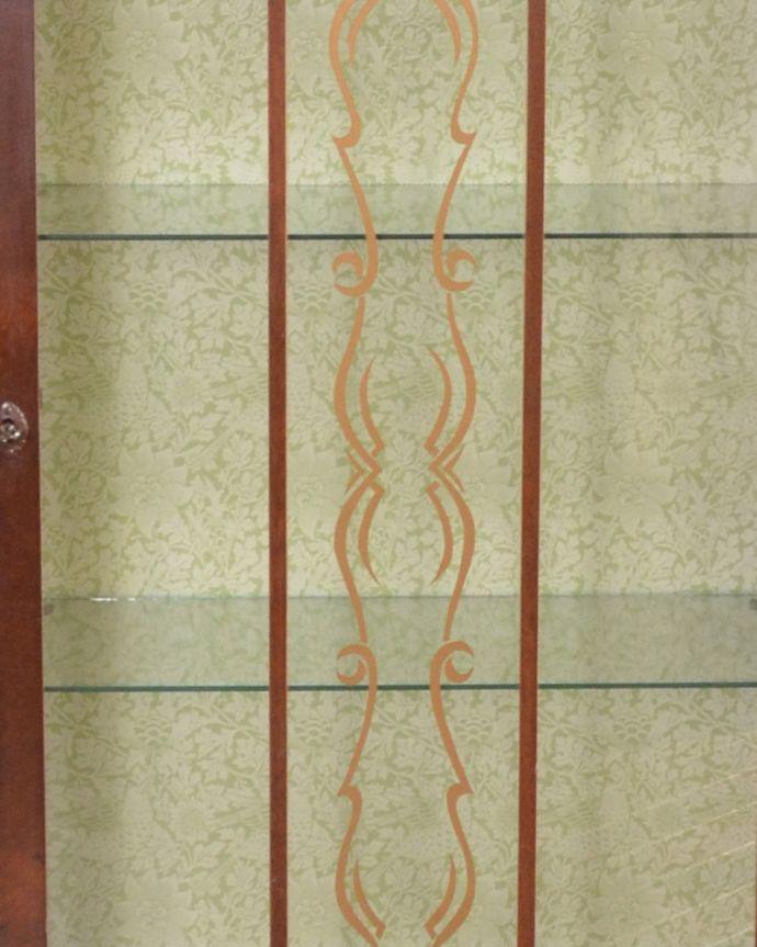 m-570-f アンティークガラスキャビネットの装飾