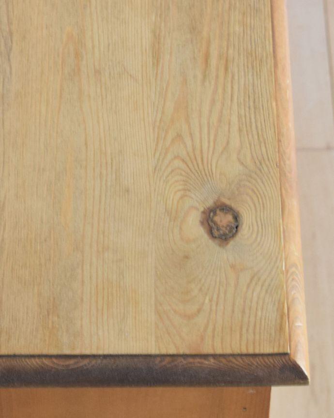 m-575-f アンティークブックケースの天板の角