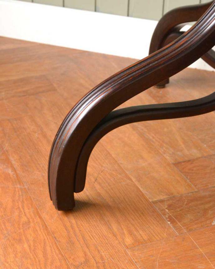 アンティークのテーブル アンティーク家具 THONET トーネットのアンティークカフェテーブル。持ち上げなくても大丈夫!Handleのアンティークは、脚の裏にフェルトキーパーをお付けしています。(m-632-f)