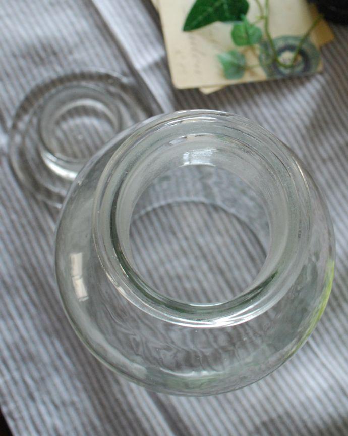 n4-091 インテリア雑貨の上から