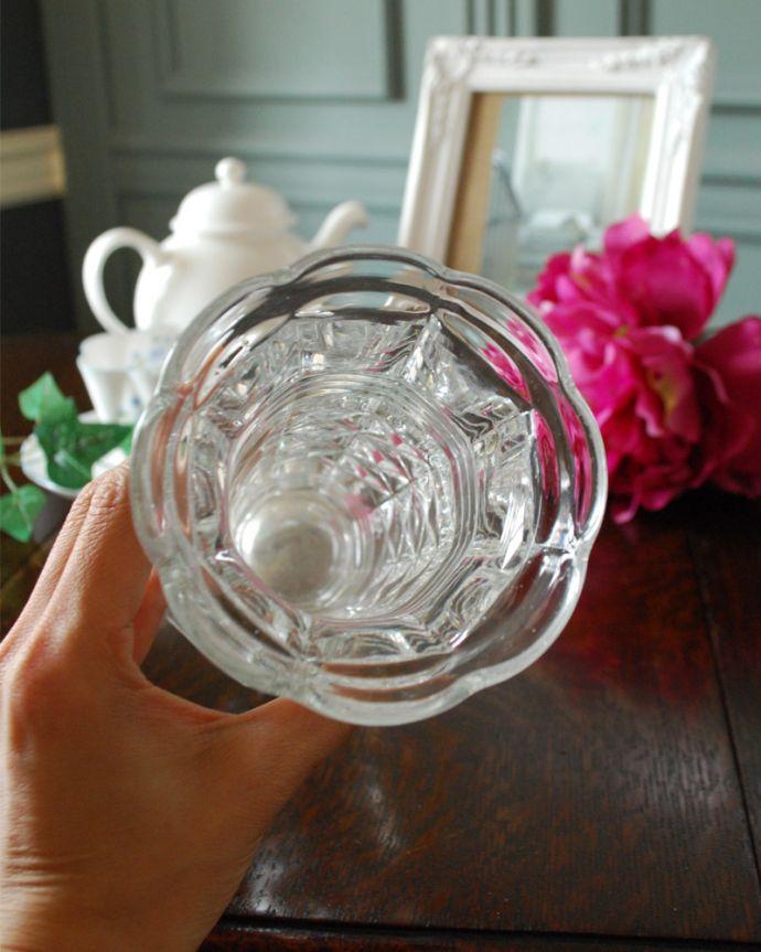 pg-4403 プレスドグラス(花瓶)の上から