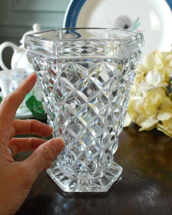 pg-4431 プレスドグラス(花瓶)の手入り