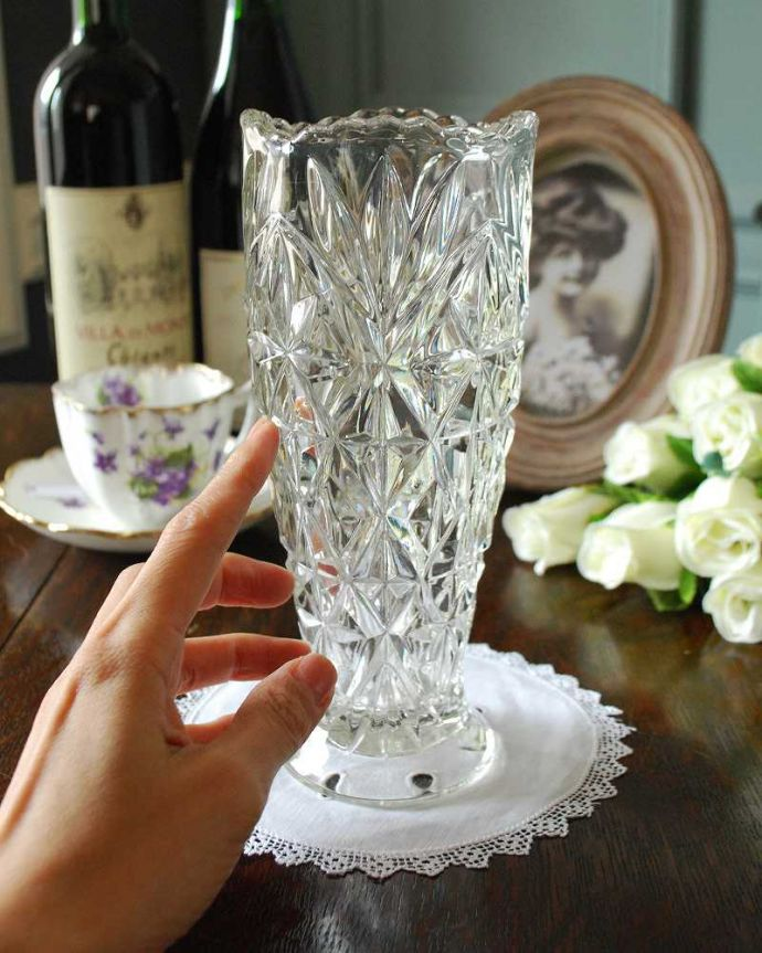 pg-4868 プレスドグラス(花瓶)の手入り