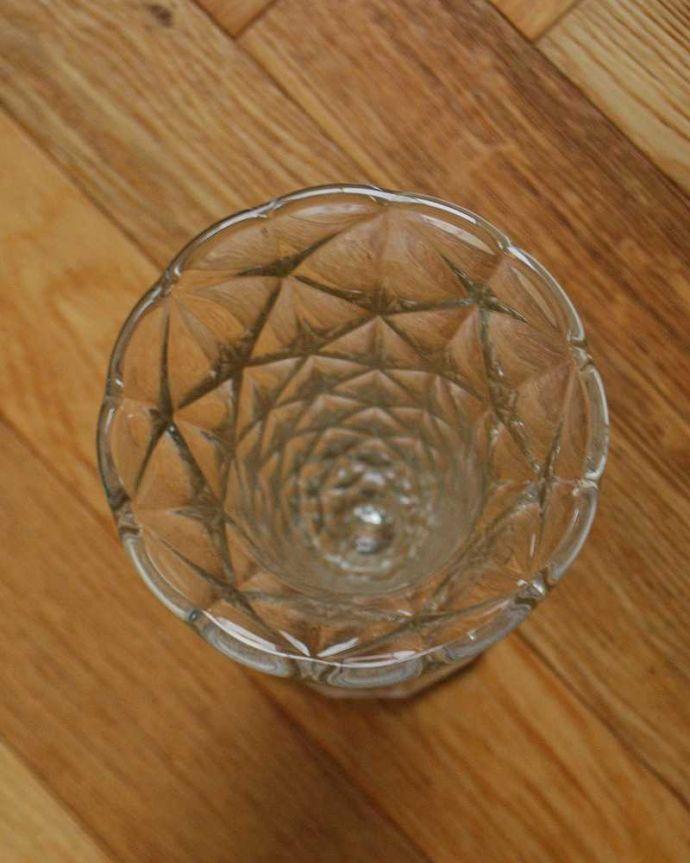 pg-5103 プレスドグラス(花瓶)の上から