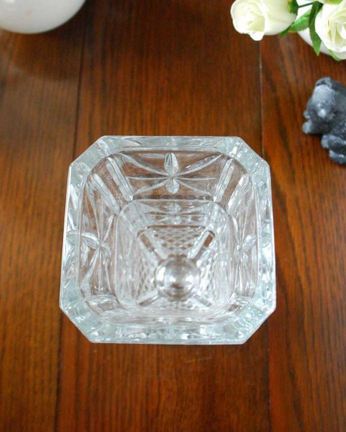 pg-5182 プレスドグラス(花瓶)の上から