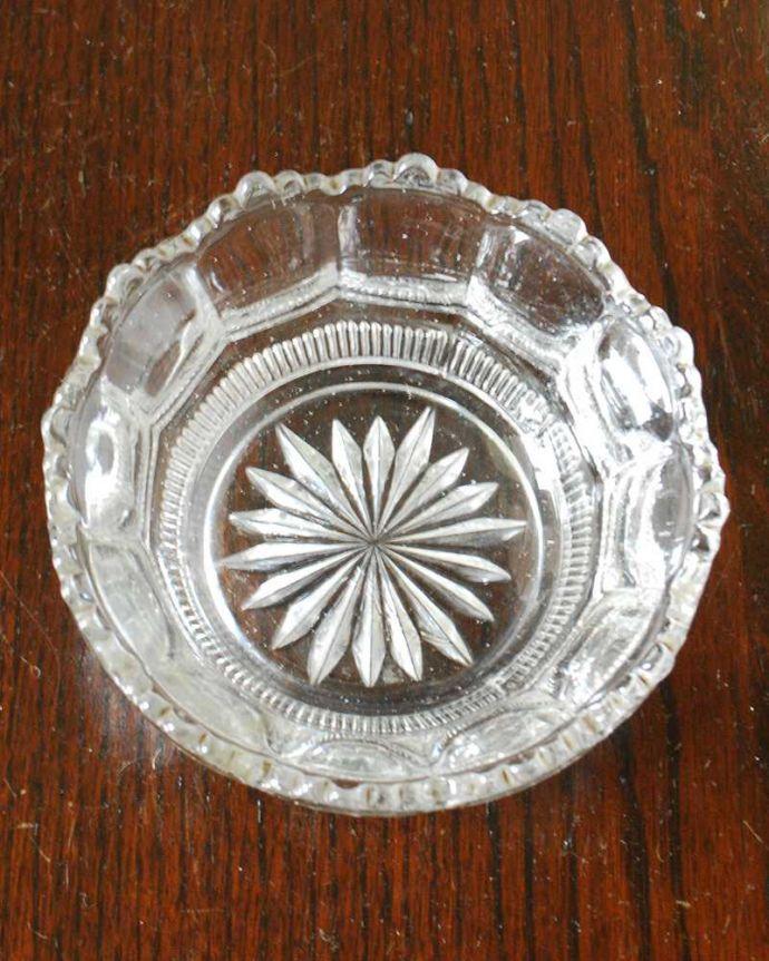 pg-5669 プレスドグラス(一輪挿し)の上から