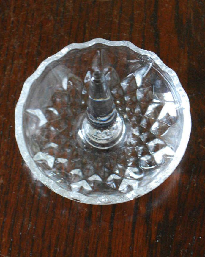 pg-5809 プレスドグラス(リングスタンド)の上から