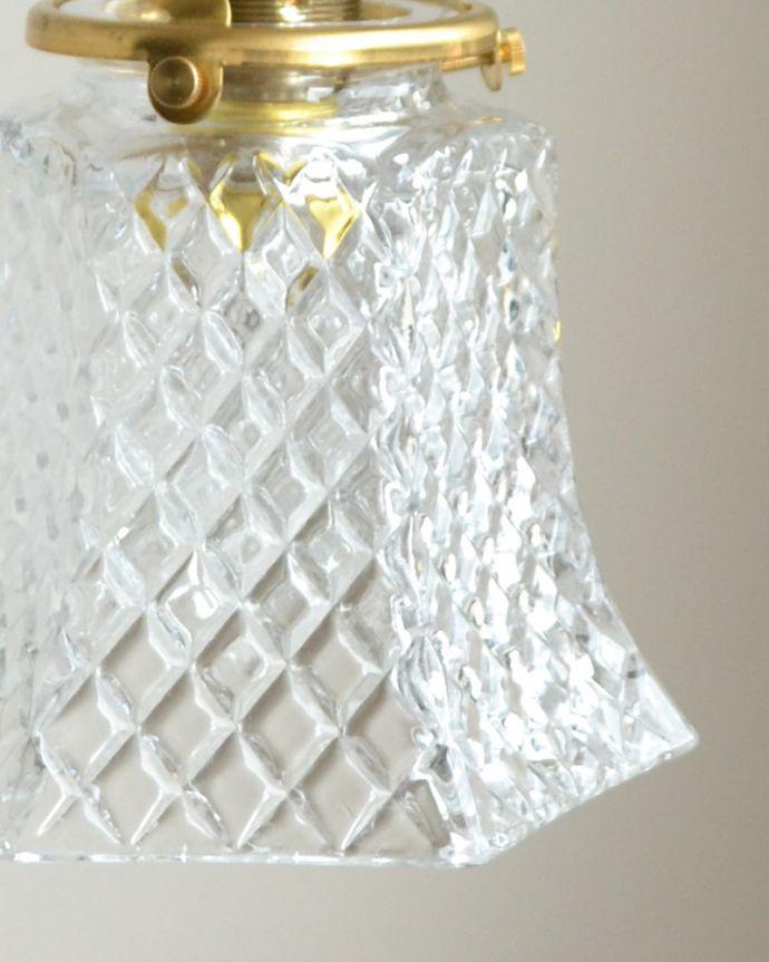 pl-015d クリアガラスのペンダントライトの消灯時アップ