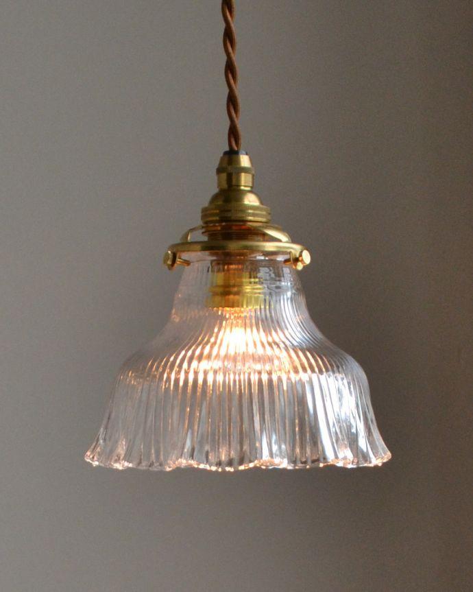 ペンダントライト 照明・ライティング ペンダントライト(コード・シャンデリア電球・ギャラリーA付き)。キッチンのカウンター部分や、リビングに。(pl-028c)