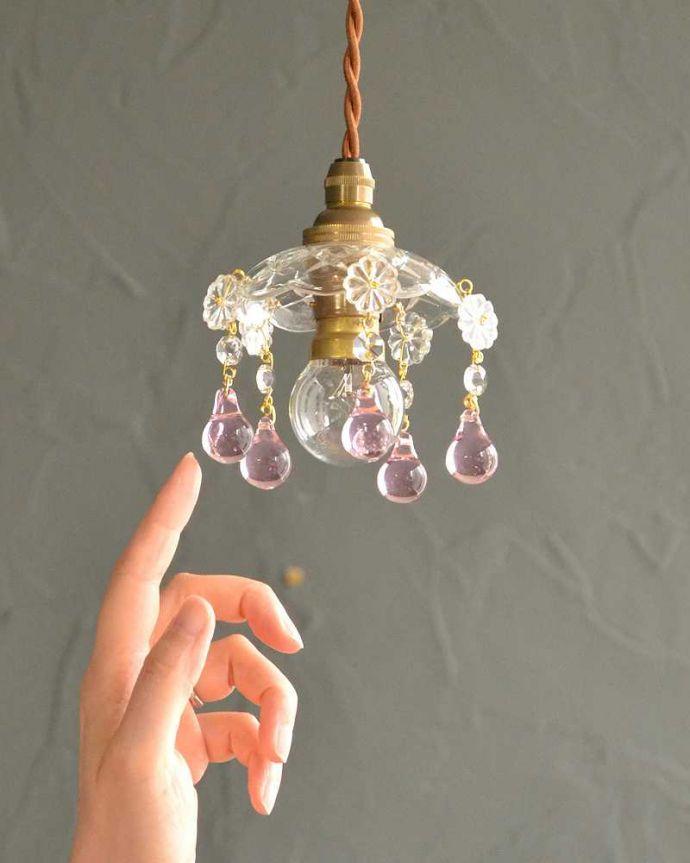 Handleオリジナル 照明・ライティング Handleオリジナル プチ シャンデリア  B(コード・丸球・ギャラリーなし)。手のひらサイズのプチシャンデリアシャンデリアのお皿をシェードにして作った、どこでも使える手のひらサイズのHandleオリジナルのプチシャンデリアです。(pl-091-o)