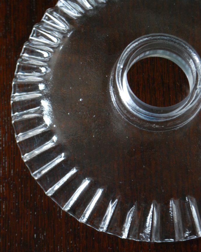 ペンダントライト 照明・ライティング クリアガラスのウェーブシェードのペンダントライト(コード・シャンデリア電球・ギャラリーA付き)。。(pl-187)