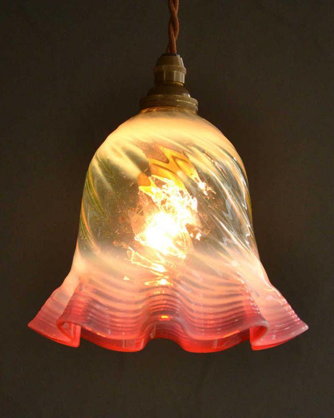 ペンダントライト 照明・ライティング ヴァセリン風のガラスがオシャレなペンダントライト(コード・シャンデリア球・ギャラリーなし)。。(pl-224)