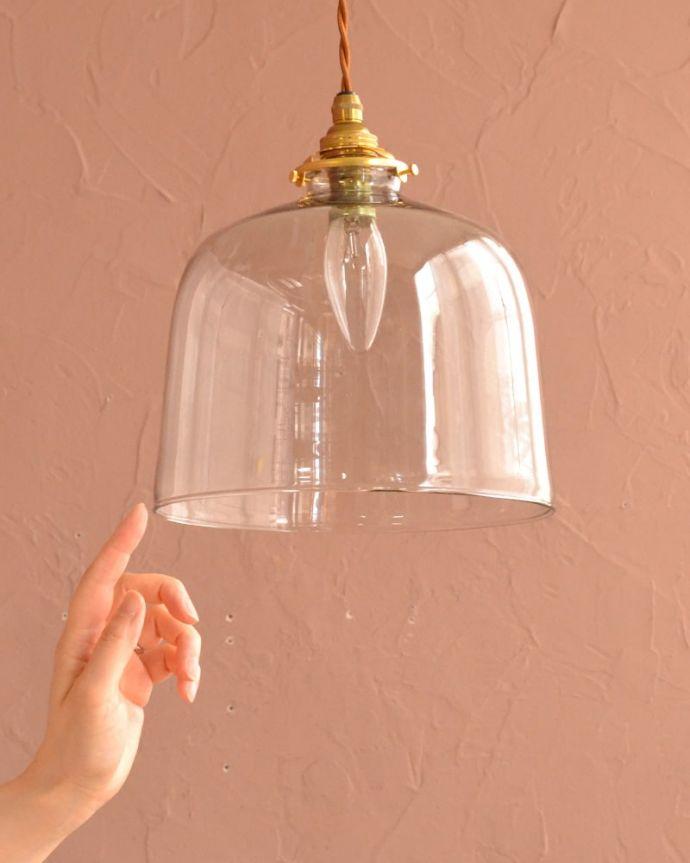 照明・ライティング ガラスシェード・ドーム・グレー 可愛らしいデザイン&サイズもともとフランスのアンティークをモチーフにしたデザインなので、灯りが点いていない時も可愛いフォルムでお部屋を彩ってくれます。(pl-293)
