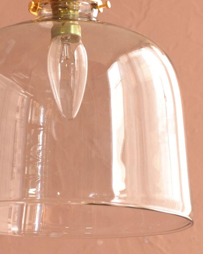 照明・ライティング ガラスシェード・ドーム・グレー 1つ1つ微妙に違っていますシェードは手作りなので、誤差があったり、気泡やキズ、汚れが入っている場合もあります。(pl-293)