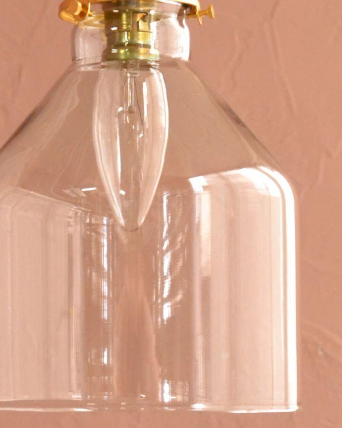 照明・ライティング ガラスシェード・ハウス・グレー 1つ1つ微妙に違っていますシェードは手作りなので、誤差があったり、気泡やキズ、汚れが入っている場合もあります。(pl-294)