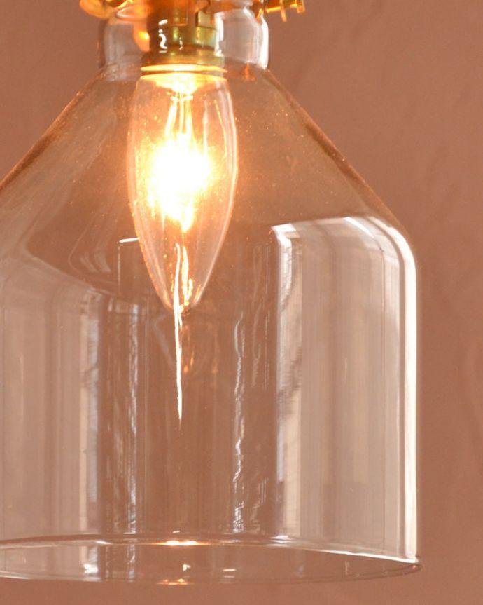 照明・ライティング ガラスシェード・ハウス・グレー 夜になって灯りを点けると・・・ガラスのシェードはとても優しい雰囲気。(pl-294)