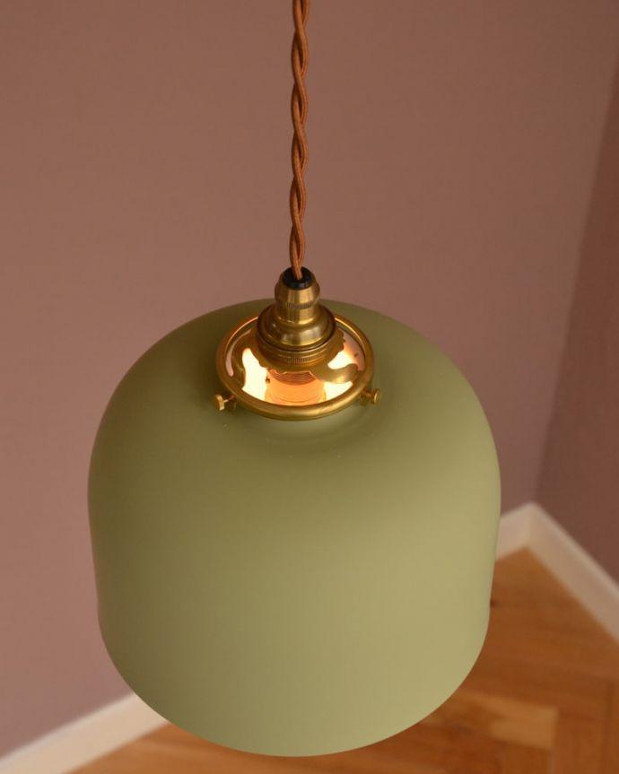 照明・ライティング アイアンシェード・フェズ・モスグリーン 上から見ると・・・取り付け金具は日本仕様のものをご準備しています。(pl-301)
