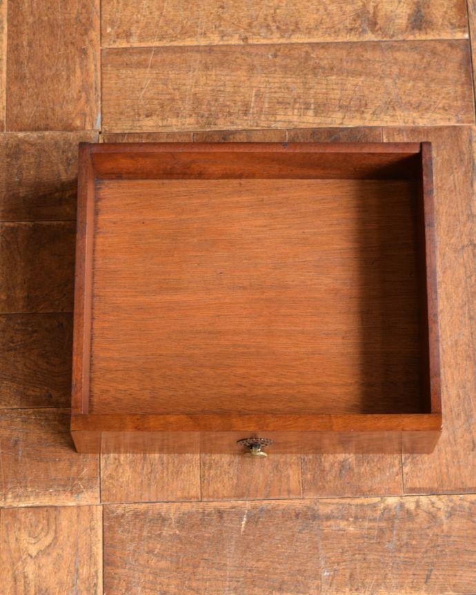 q-1115-f アンティークナイトテーブルの引き出し