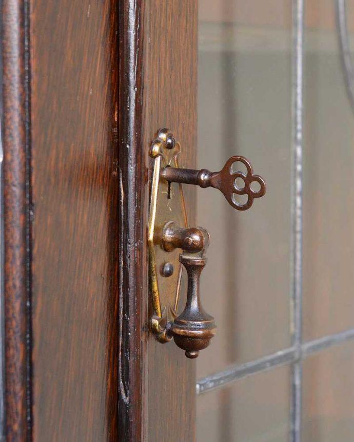 q-1226-f アンティークブックケースの扉の取っ手