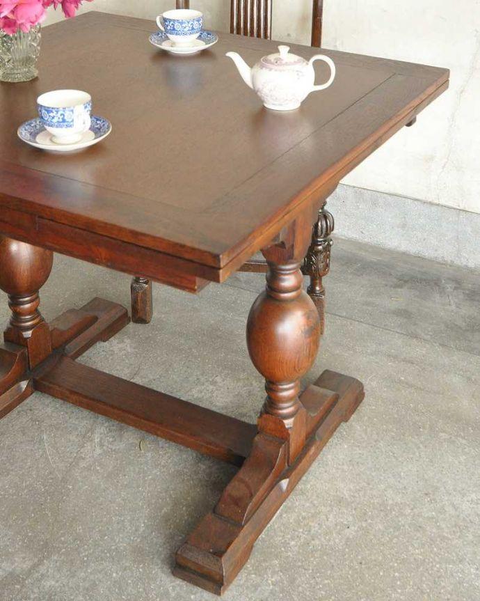 q-1249-f アンティークドローリーフテーブルのアップ