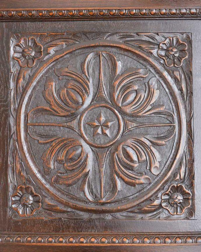 q-1397-f アンティークワードローブの扉装飾