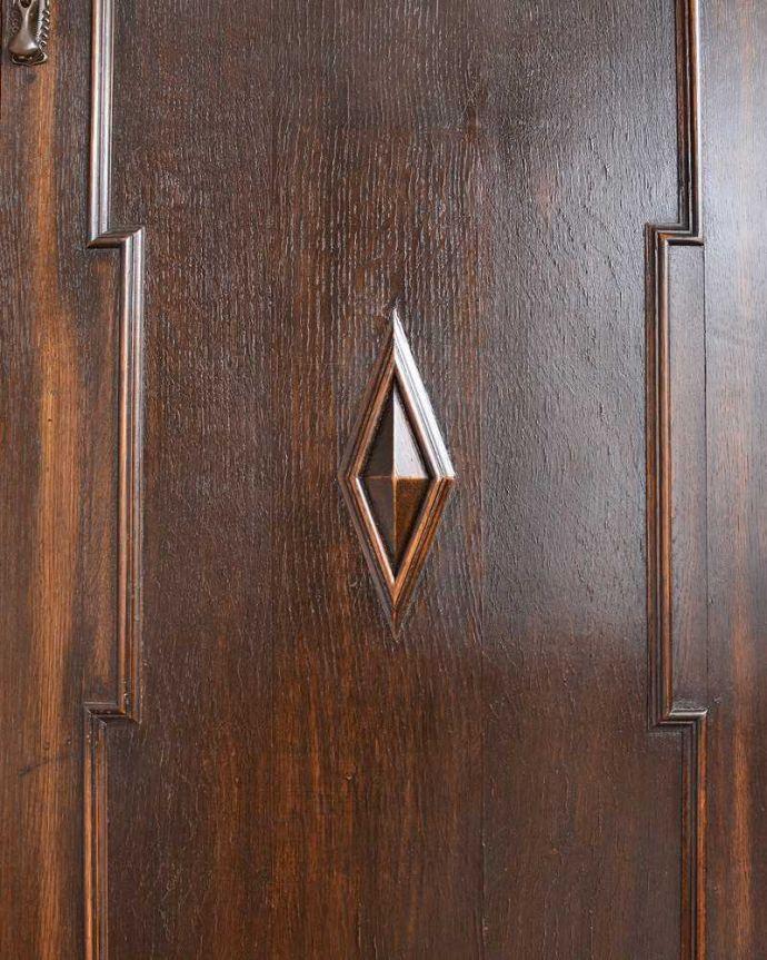 q-1397-f アンティークワードローブの装飾