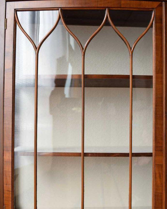 q-1412-f アンティークキャビネットの扉装飾