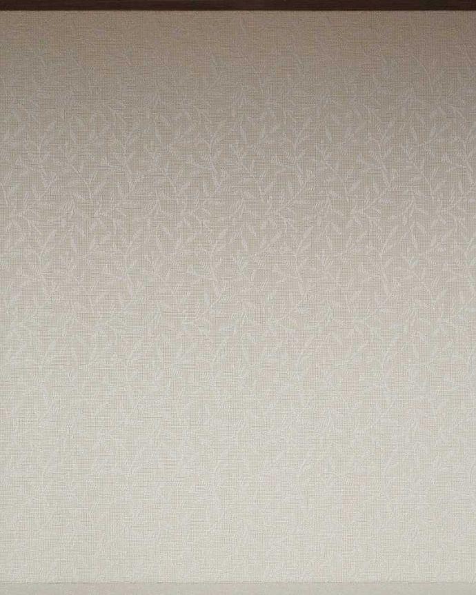 q-1412-f アンティークキャビネットの背板の布