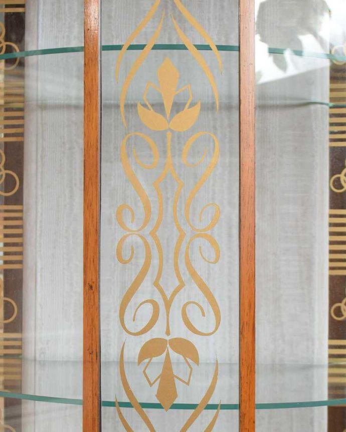 q-1429-f アンティークガラスキャビネットの扉装飾