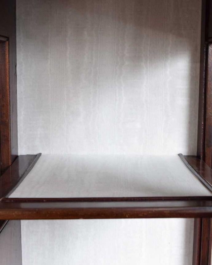q-1430-f アンティークキャビネットの背板の布