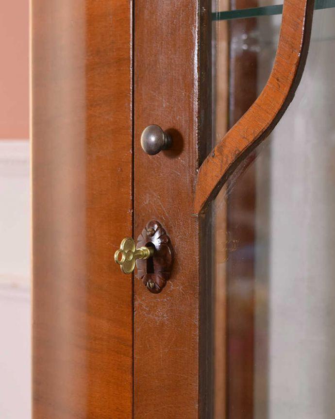 q-1441-f アンティークガラスキャビネットの鍵(取っ手)