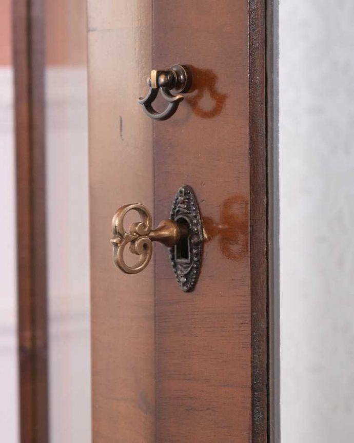 q-1483-f アンティークガラスキャビネットの鍵