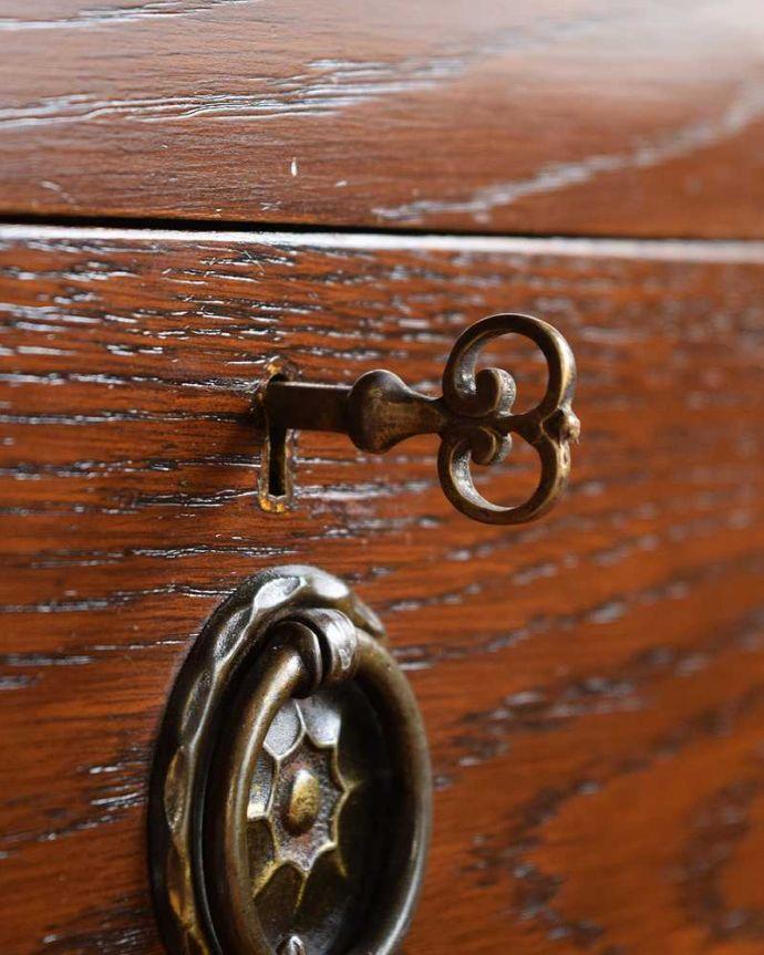 q-1493-f アンティークドレッシングテーブルの鍵