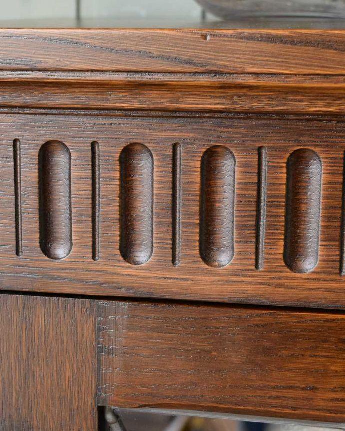 q-1501-f アンティークキャビネットの装飾1